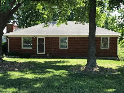 Clinton County Single Family Home For Sale: 11827 NE Woodridge Lane