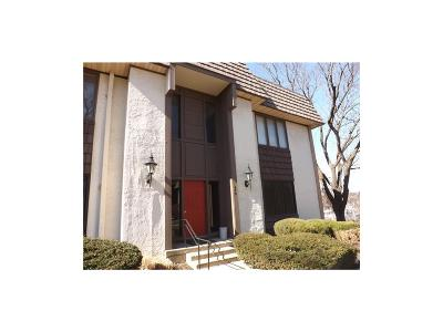 Condo/Townhouse Sold: 470 W 104th Street #E