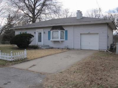 Single Family Home Sold: 187 Anchor Circle