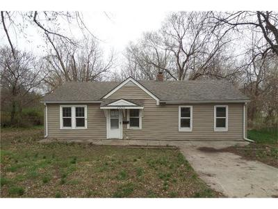 Single Family Home Sold: 7923 Harris Avenue