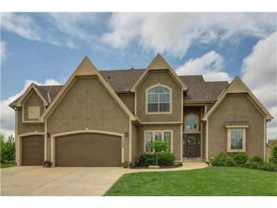 Overland Park Single Family Home Sold: 17208 Hauser Street