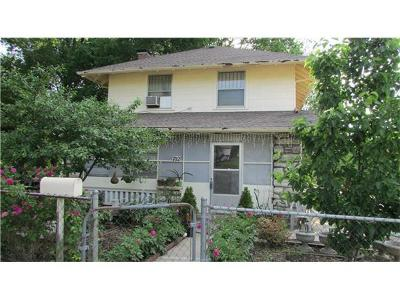 Single Family Home Sold: 702 Fuller Avenue