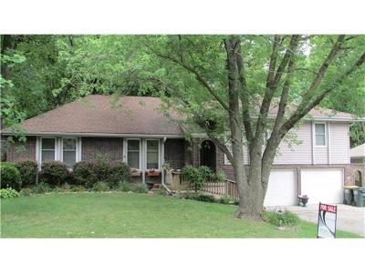 Single Family Home Sold: 5804 NW Raintree Drive