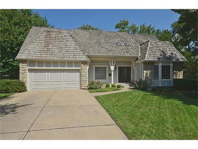 Single Family Home Sold: 135 The Woodlands Drive