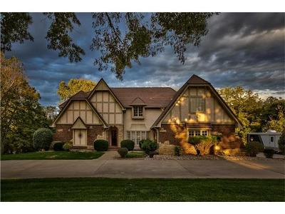 Parkville Single Family Home For Sale: 13403 Timber Ridge Drive