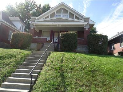 Single Family Home Sold: 417 N 10th Street