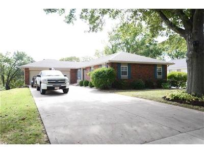 Single Family Home Sold: 913 Dorton Lane