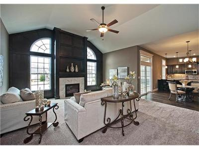 Olathe Condo/Townhouse Model: 16477 W 168th Place #82