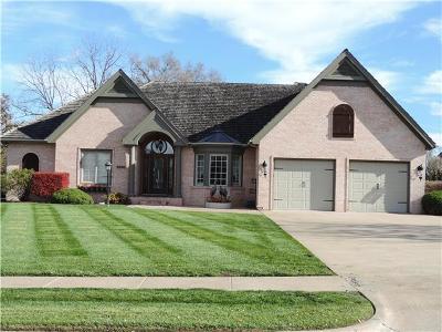 Single Family Home For Sale: 1921 Carmel Drive