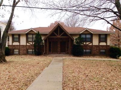 Raytown Multi Family Home For Sale: 9400 E 70th Terrace