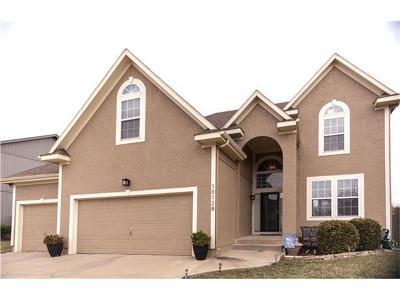 Lenexa Single Family Home Show For Backups: 10128 Sunset Drive