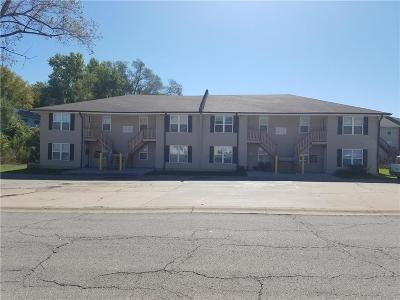 Raytown Multi Family Home For Sale: 9213 E 54th Street