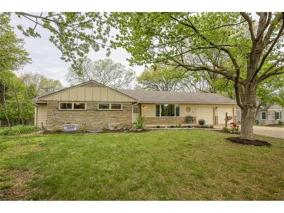 Leawood Single Family Home For Sale: 9420 State Line Road