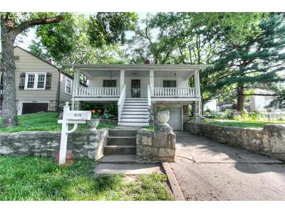 North Kansas City Single Family Home For Sale: 2016 E 26th Avenue