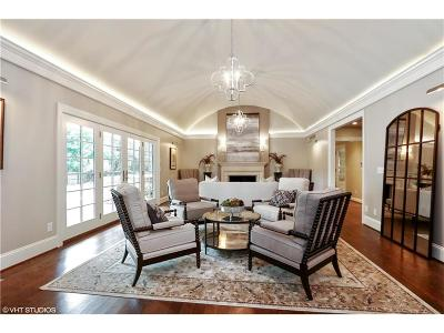 Mission Hills Single Family Home For Sale: 6721 Willow Lane