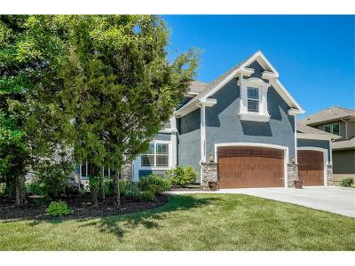 Shawnee Single Family Home For Sale: 20922 W 68th Terrace