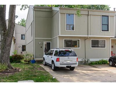 Shawnee Condo/Townhouse For Sale: 12111 W 66th Street
