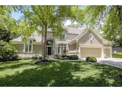Olathe Single Family Home For Sale: 26612 W Greentree Court
