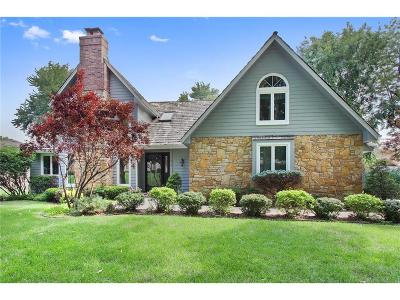 Blue Springs Single Family Home For Sale: 1216 NW Hawk Creek Drive