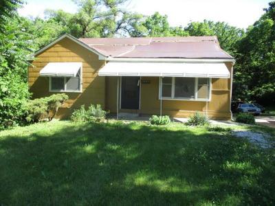Kansas City MO Single Family Home For Sale: $15,000