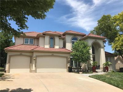 Lenexa Single Family Home For Sale: 8914 Quail Ridge Lane