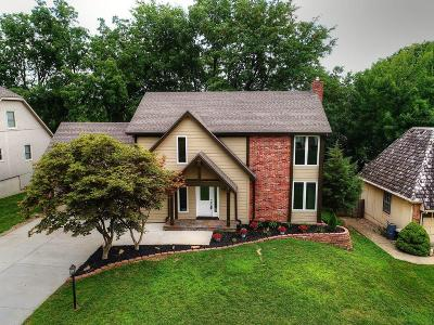 Johnson-KS County Single Family Home Show For Backups: 12625 W 75th Terrace