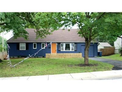 Prairie Village Single Family Home For Sale: 6301 W 77th Street