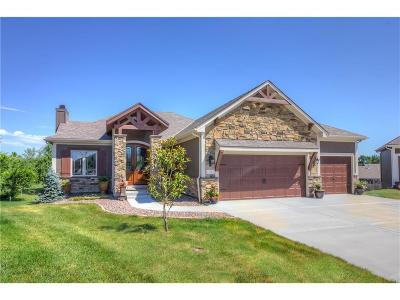 Grain Valley Single Family Home For Sale: 1707 NW Cottonwood Circle