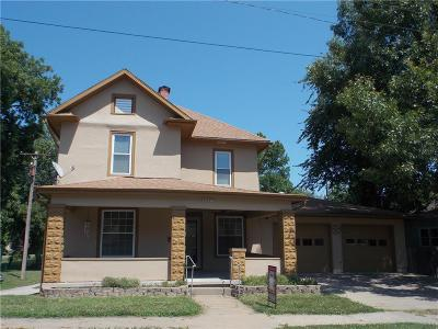Atchison Single Family Home For Sale: 432 S 6th Street