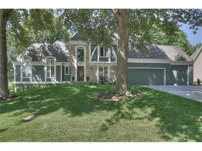 Leawood Single Family Home For Sale: 12603 Pawnee Lane