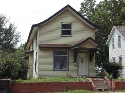 Atchison Single Family Home For Sale: 923 S 5th Street