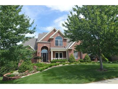 Blue Springs Single Family Home For Sale: 905 S Cypress Lane