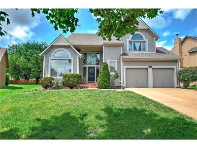 Overland Park Single Family Home For Sale: 12910 Flint Street