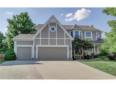 Overland Park KS Single Family Home For Sale: $399,900