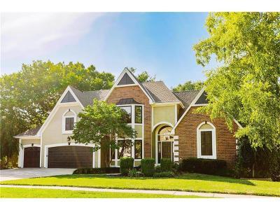 Overland Park KS Single Family Home For Sale: $549,900