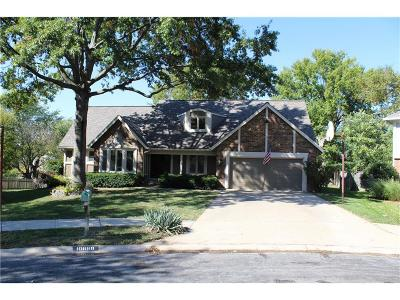 Overland Park Single Family Home For Sale: 10668 Walmer Lane
