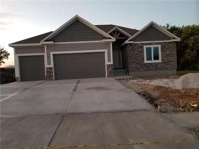 Peculiar MO Single Family Home Contingent: $304,950