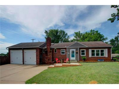 Roeland Park Single Family Home For Sale: 5007 W 49th Street
