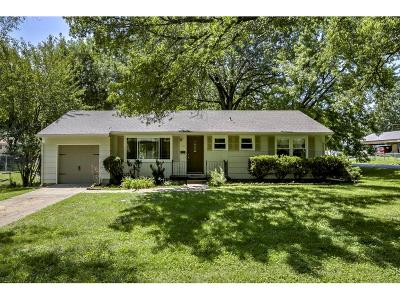 Grandview Single Family Home Show For Backups: 1317 Duck Road
