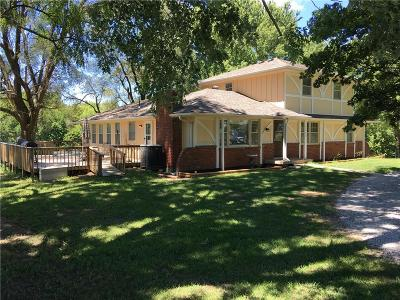 Smithville Single Family Home For Sale: 15008 Long Road