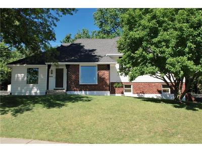 Gladstone MO Single Family Home Show For Backups: $189,900