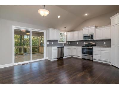 Riverside Single Family Home Show For Backups: 5052 NW Timberline Drive