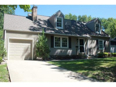 Prairie Village Single Family Home For Sale: 2400 W 79 Terrace