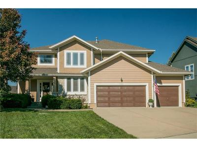 Lenexa Single Family Home Contingent: 8022 McCormack Drive