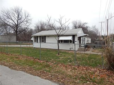 Independence MO Single Family Home For Sale: $24,900