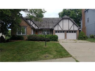 Lenexa Single Family Home For Sale: 12618 W 75 Terrace