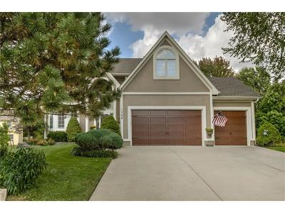 Single Family Home For Sale: 1708 SW Summit Hill Circle