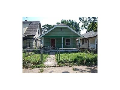 Kansas City MO Single Family Home For Sale: $25,000