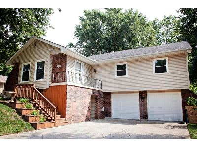 Blue Springs Single Family Home For Sale: 512 NW Manor Drive