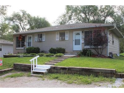 Grandview Multi Family Home For Sale: 6015 E 151 Terrace